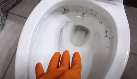How To Remove Stubborn Stains From Toilet Bowl